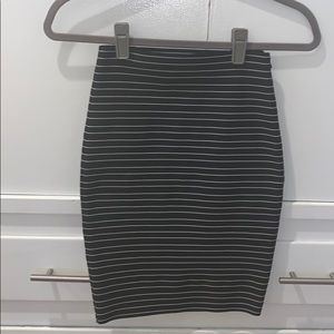 Boy band of outsiders skirt size 1